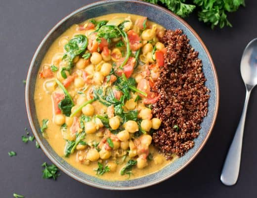 Vegan Chickpea Curry with Spinach and Tomatoes | The Foodie Eats