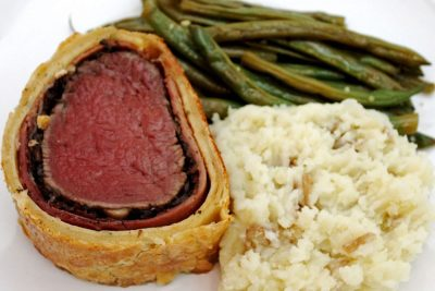 How To Make Beef Wellington Like Gordon Ramsay | The Foodie Eats