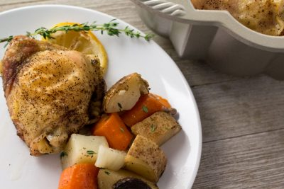 Lemon Thyme Bundt Pan Chicken: With roasted vegetables, this easy, one pan meal is the perfect weeknight dinner.