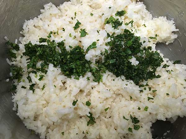 Pressure Cooker Coconut Rice | The Foodie Eats