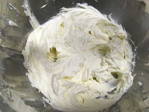 blended cream cheese and sugar in mixing bowl.