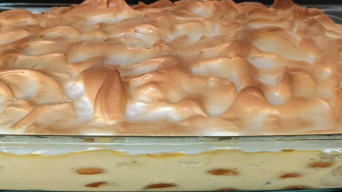 Southern banana pudding in Pyrex dish